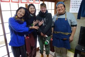 出演者のみなさんと(左から肘井ミカさん、安田聖愛さん、植木監督、駒木根隆介さん)